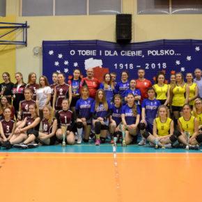 XI Turniej Dziewcząt w Siatkówce z okazji 100-lecia Odzyskania Niepodległości.